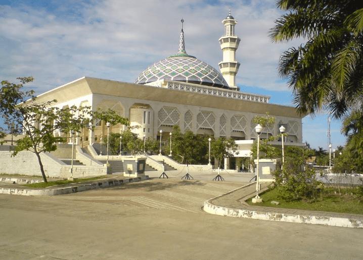 Masjid Agung Al-Amjad