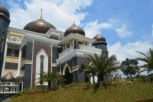 Masjid Agung Harakatul Jannah – Masjid Gadok