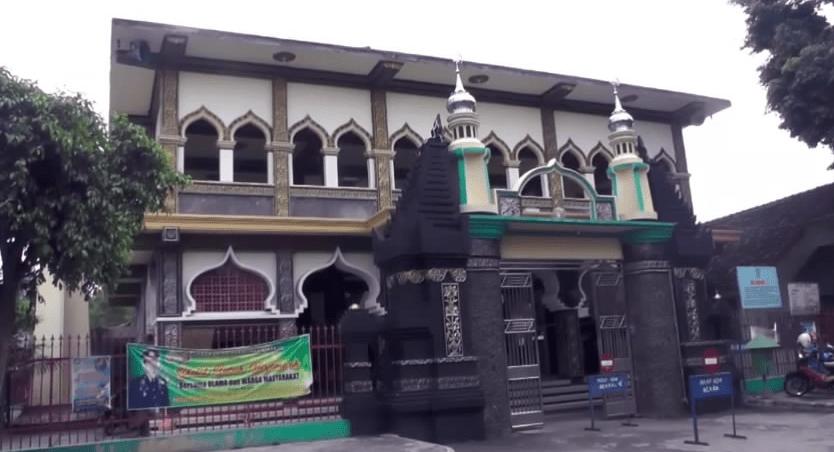 Masjid Al-Mubarok Berbek