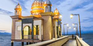 "Masjid Terapung Arqam ""Bab Al-Rahman"" Palu"