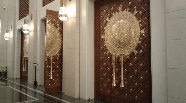 interior Masjid Agung Al-Falah Tanah Bumbu Kalimantan Selatan