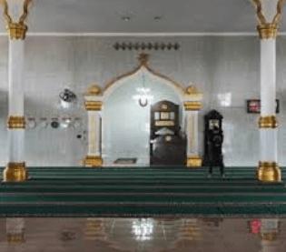 interior Masjid Agung Kabanjahe Kabupaten Karo