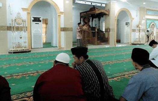 interior Masjid Al-Ikhlas Bagansiapiapi