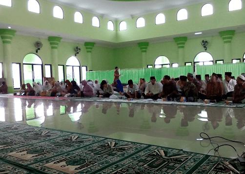 interior Masjid & Islamic Centre Kabupaten Pesawaran