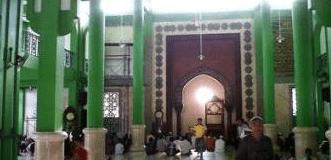 interior Masjid Jami' Tiban Babussalam Probolinggo