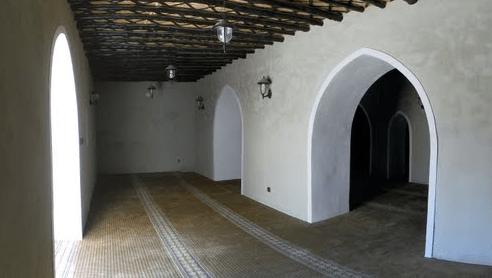 interior Masjid Jawatha, Al-Kilabiyah, Saudi Arabia