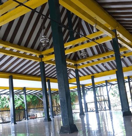 interior Masjid Wotgaleh