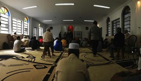interior Mesquita da Luz Masjid di Rio de Janeiro - Brazil