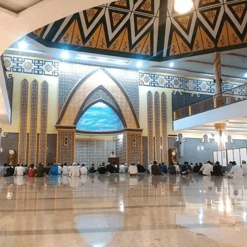 interior masjid agung baitusalam magetan
