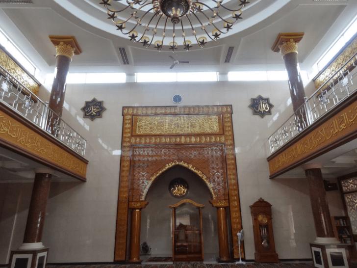 interior masjid agung banjar