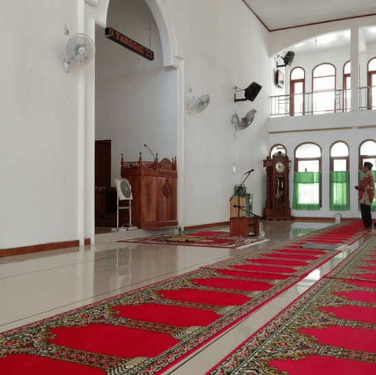 interior masjid agung jabal rahmah