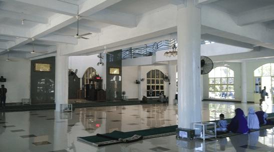 interior masjid agung janeponto