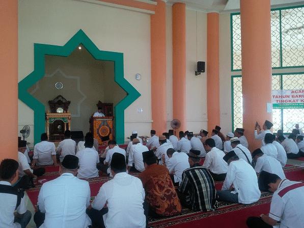 interior masjid agung ogan lir
