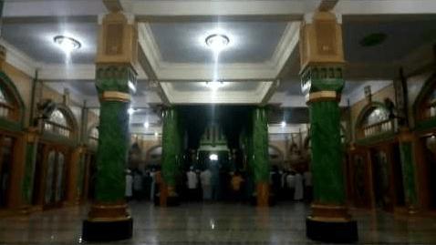 interior masjid al kautsar