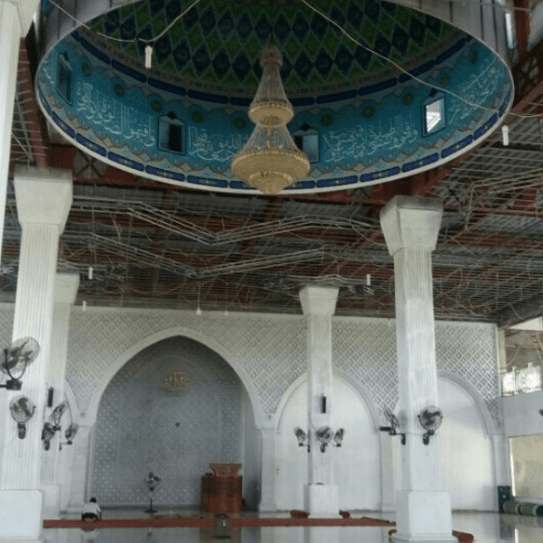 interior masjid al mu'awwanah