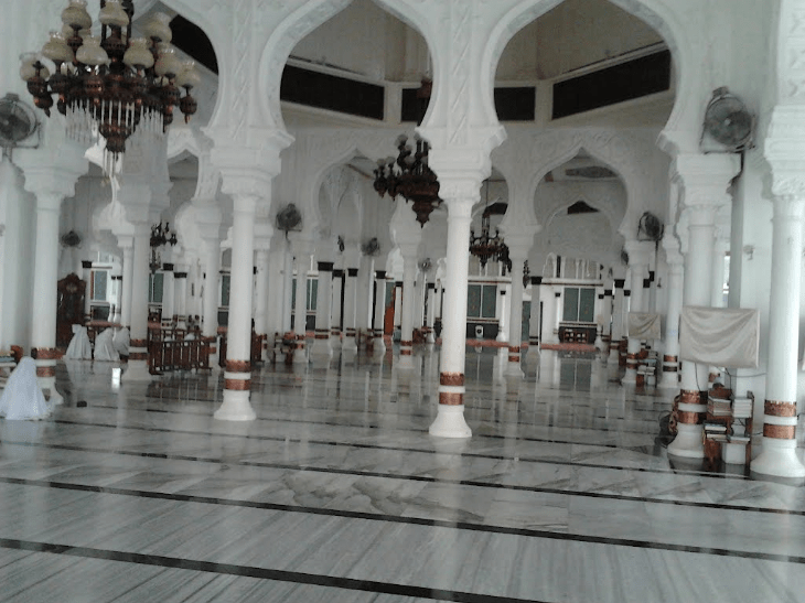 interior masjid baiturrahman