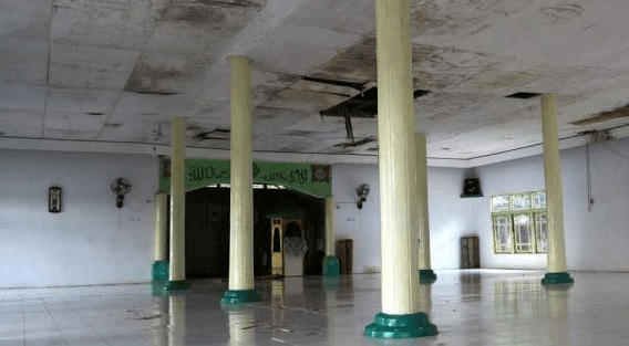 interior masjid jami nanga pinoh