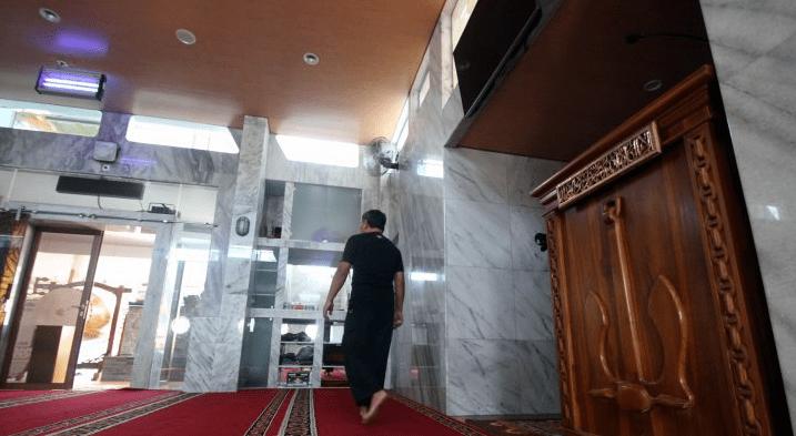 interior masjid kapal laut