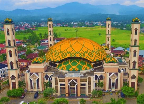 masjid agung al muhsinin.
