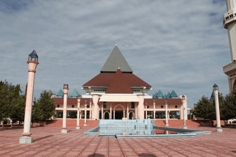 masjid agung annur