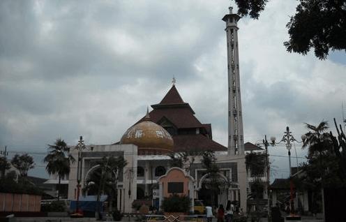 masjid agung at-taqwa