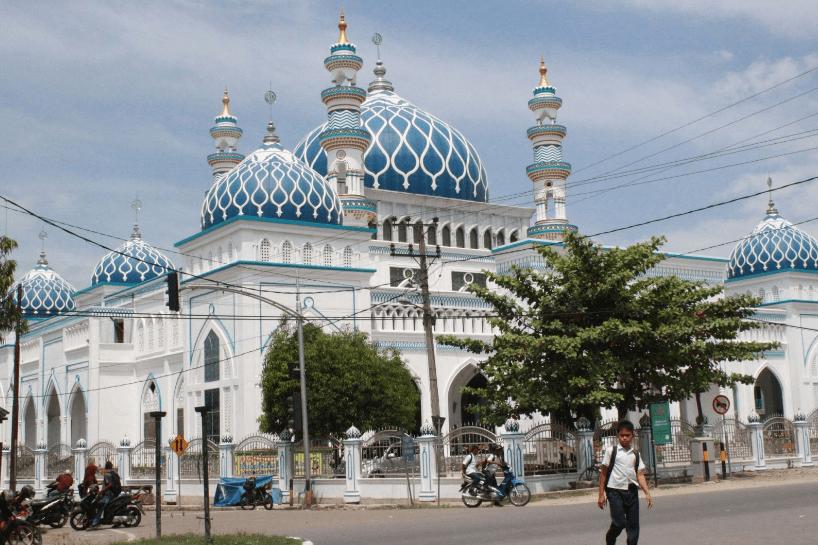 masjid agung baiturahmi