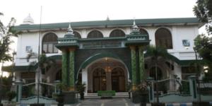masjid agung baitussalam nganjuk