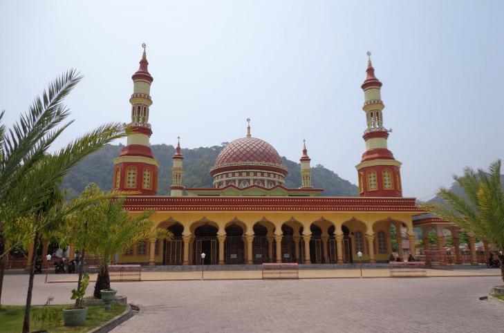 masjid agung istiqomah