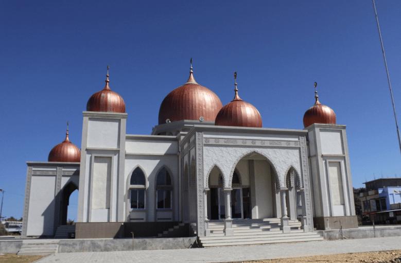 masjid baitul makmur krueng sabee