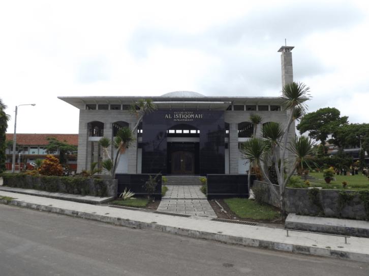masjid besar al istiqamah
