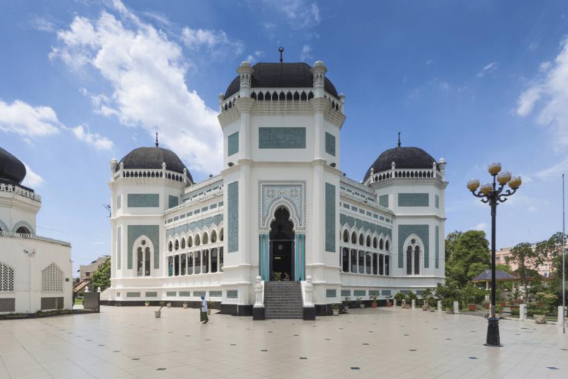 masjid di medan
