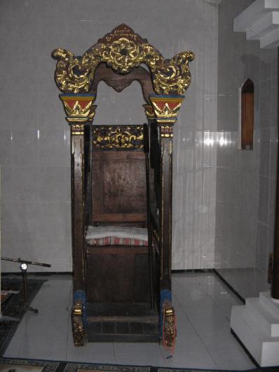 mimbar Masjid Tiban Pangkah, Gresik