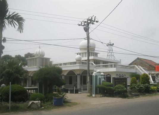 Masjid Jami' Al-Ulya Tanjung Mekar Karawang