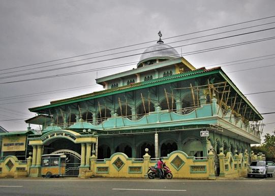 Masjid Jami' Baitul Muttaqien – Petarukan Pemalang