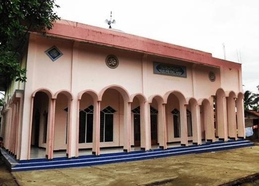Masjid Jami' Nurul Jannah – Masjid merah Muda di Kampung Pamahan