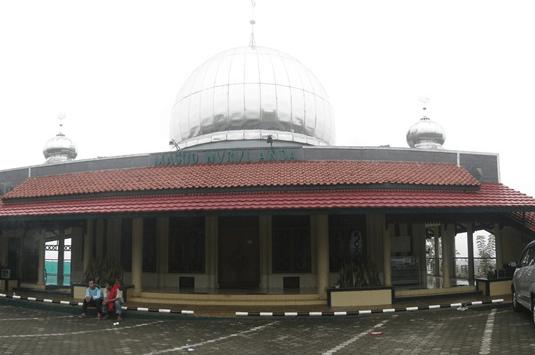 Masjid Nurul Anda Parung Kuda, Sukabumi