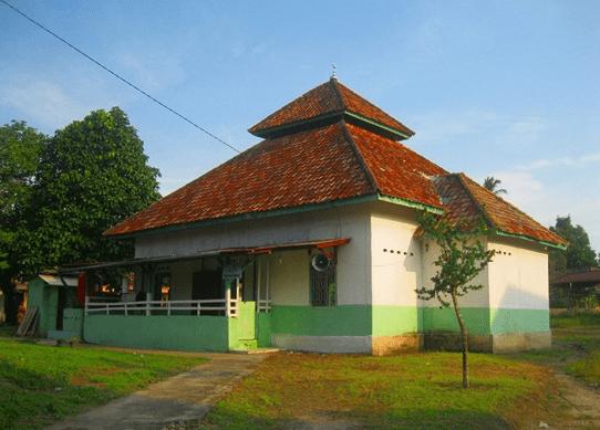 Masjid Nurul Huda Kalangan, Gelumbang