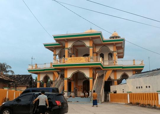 Masjid Nurul Yaqin Lubuk Kamal