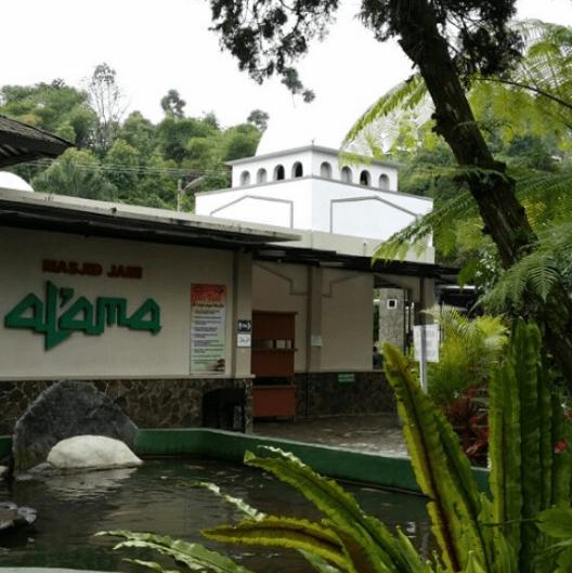 arsitektur Masjid Al-Ama Ciater