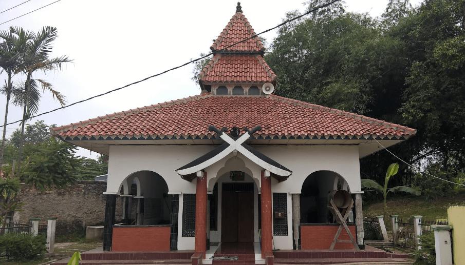 arsitektur Masjid Perahu – Babakan Cibarusah