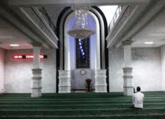 interior Masjid Agung Nurussa'adah – Tanjung Raja