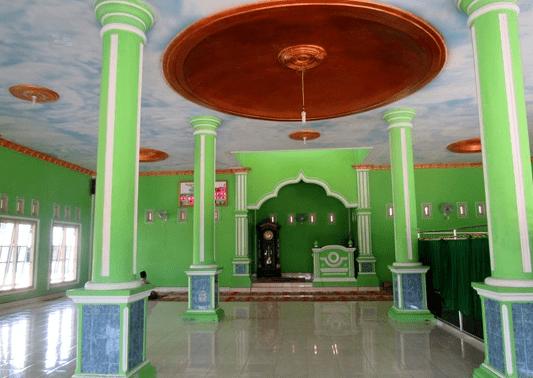 interior Masjid Al-Hidayah Banjar Agung Tulang Bawang