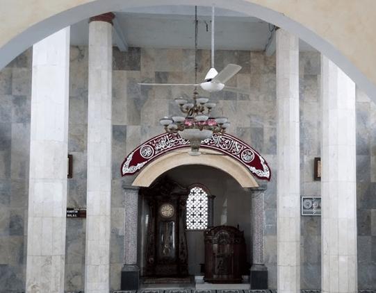 interior Masjid Jami' Al-Ulya Tanjung Mekar Karawang