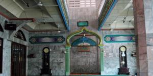 interior Masjid Jami' Baitul Huda Cawang – Jakarta Timur