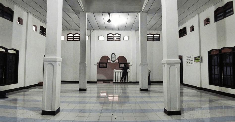 interior Masjid Jami' Darussalam – Kampung Rawa Gebang