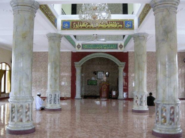 interior Masjid Jami' Minhajul Istiqomah – Kampung Kukun