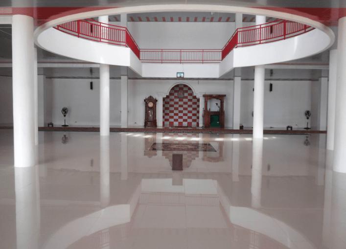 interior Masjid Raya Sigi Lamo Jailolo
