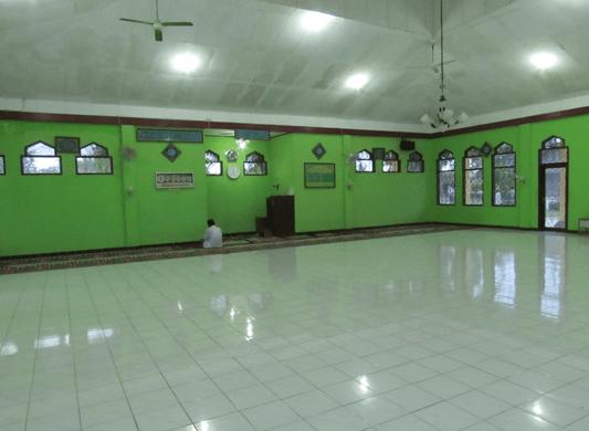 interior Masjid YAMP Al-Hidayah Teluk Ampel