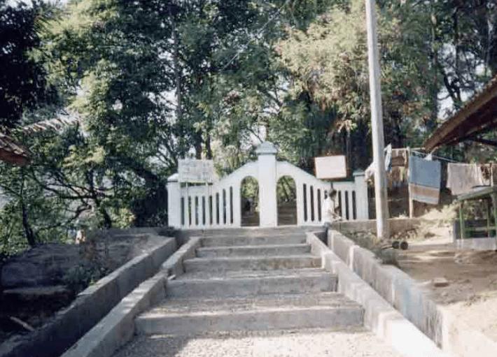 makam Masjid & Musholla di Objek Wisata Religi Makam Godog (Bag I)