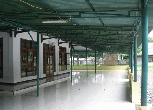 teras Masjid Al-Jihad Cikarang Baru